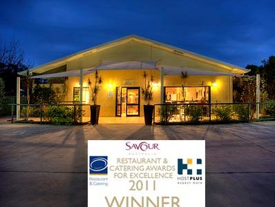 Capricornia Restaurant - 3 min walk away